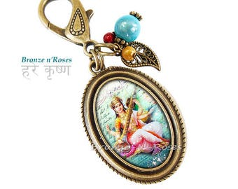 Bijou de sac * Déesse hindoue Saraswati * cabochon bronze Inde bleu rose