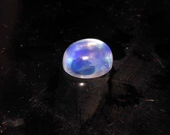 Amazing AAA+++ Top Quality Natural White Rainbow Moonstone Gemstone Cabochan Blue Fire Oval Shape 4.50 Cts. Size 11x9x6 MGJ 181
