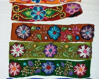 Horses ethnic hand-embroidered headband multicolor sheep