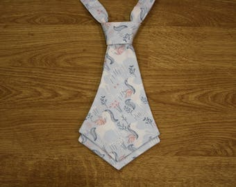 Tie for woman or girl