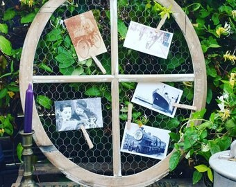 Creation, old window with bull'seye authentic shabby country cottage. Pele mele
