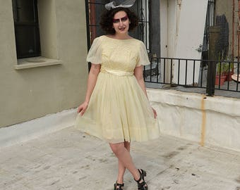 Vintage 1950s/1960s Baby Yellow Party Dress Sun Dress