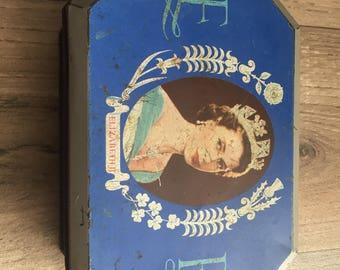 Commemorative Queen Elizabeth Coronation Biscuit Tin 1953