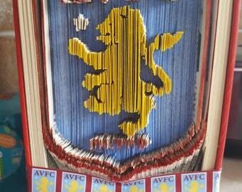 Bookfold villa badge