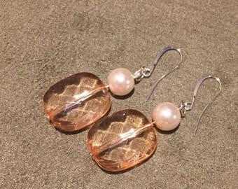 Peach bead and pearl dangle earrings