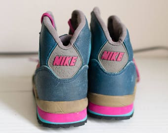 Vintage 80s Nike Hiking Athletic Boots Sneakers 7