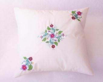 Handmade Pillow Cushion Cover 100% Cotton Embroidery Flourish Design
