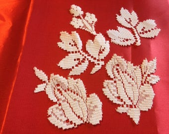 A Pack of 30 mixed Applique