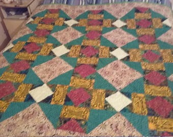 Garden Square Quilt