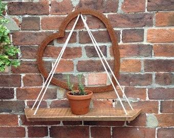Reclaimed pallet wood hanging shelf