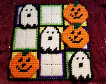 Plastic Canvas Halloween Tic Tac Toe Game