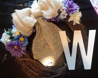 18 inch grapevine wreath with 9 in wooden letter