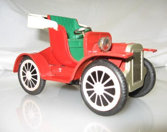 Vintage Tin Friction Toy Car - Made in Japan - 1950's - Made in Japan