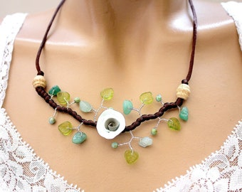 Necklace Green Branch leaves vegetable beads