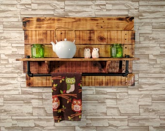 Rustic Offset Pallet Wood Wall Mounted Shelf with Iron Pipe Bar