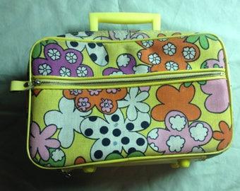 Groovy Little Suitcase / Overnight Bag