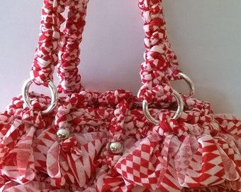 Crochet red beige handbag in tulle ribbon