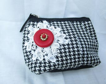 cosmetic gingham black and white