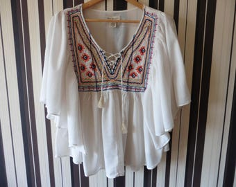 Ruffle Vintage RALPH LAUREN Blouse/Boho Blouse/Hippie Top/Top With Colorful Embroidery/Hippie Blouse/White Boho Top/M Size