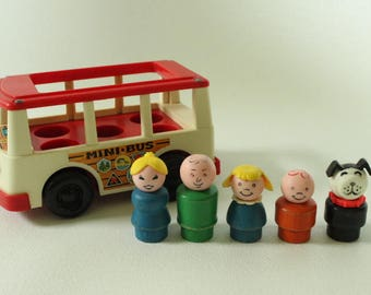 Fisher Price Little People, #141 Play Family Mini-Bus, 1969 Made in U.S.A.