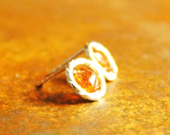 Twisted Silver earrings with amber