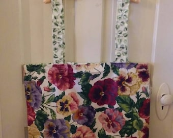 Pansy tote