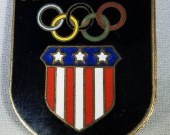 Vintage-Pin-Brooch-Squaw Valley-1960-Olympic-Austria-Jewelry-Accessories-Collectibles