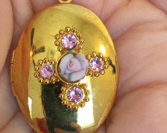 Porcelain Pink Rose Pink Rhinestones Gold Tone Locket Pendant Vintage Necklace
