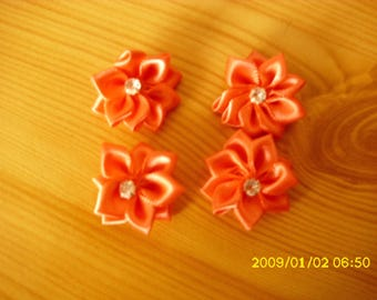 set of 4 flowers in salmon satin with Rhinestone 30 mm