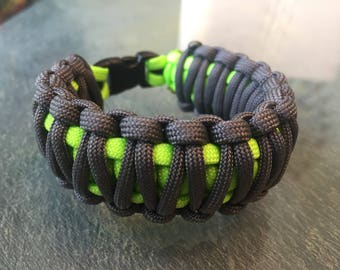 Paracord Bracelet: Neon Green and Gray