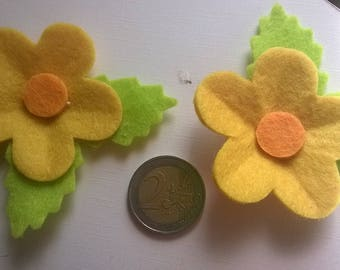 243) bag of subjects decorative felt flowers