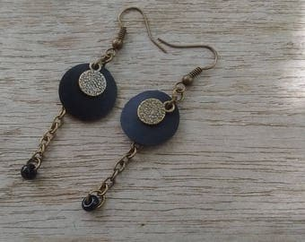 Earrings disc in inner tube recycled with sequin and bronze color finish
