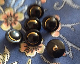 Set of six vintage buttons, 18mm diameter