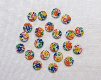 Round button, flower, 2 hole decor