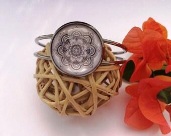 Bracelet cabochon idea gift wife • gray • Mandala and black • Creananas 974