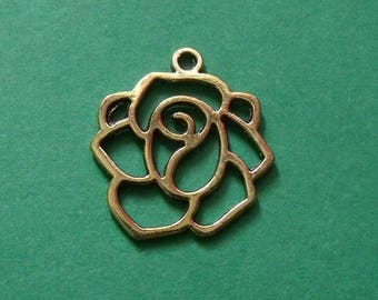 Golden Flower 20mmx19mm 2 pendants