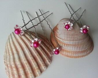 set of 5 Pink Pearl and rhinestone hair pins