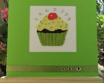 Hand embroidered card: Green Cup cake for birthday