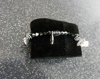 Black color women bracelet