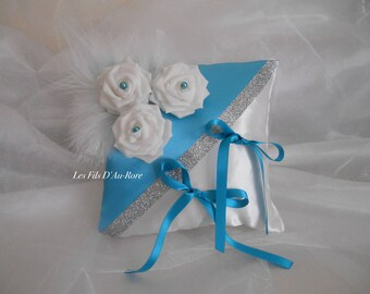 Cushion in turquoise & white satin rose & feathers