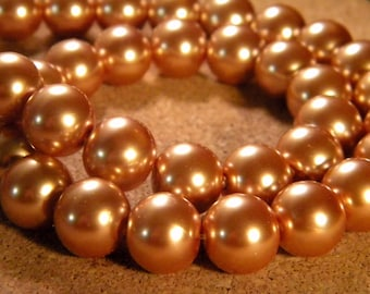 20 iridescent 12 mm - honey gold PE195 1 mother of Pearl glass beads