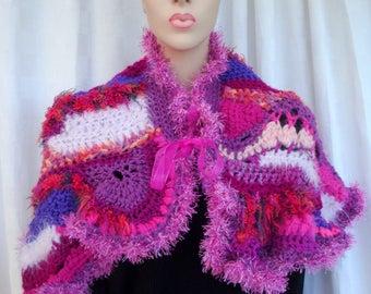 Scarf, hot pink shoulder patchwork of pink