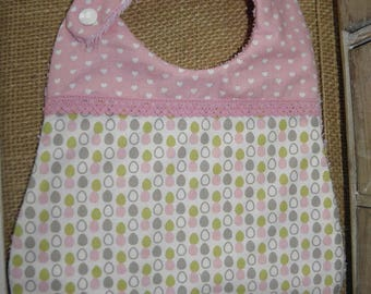 Cotton fabric bib with eggs, hearts and sponge for babies from birth to 12 months