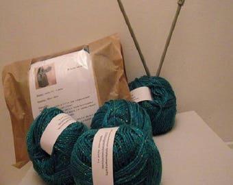 Kit to knit scarf green shine