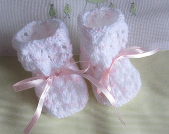 Baby Pink and white in size 1 month Fain hand knit booties