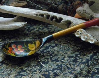 Russian Folk Art-decorative handcrafted Khokloma wooden spoon
