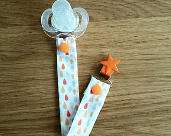 Pacifier clip with star clip