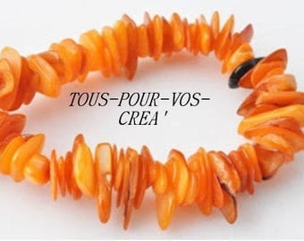 Set of 25 shell beads, orange color chips