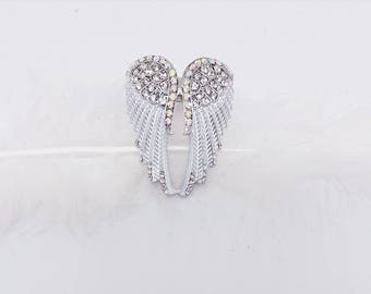 White and silver Angel Wings ring