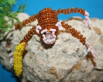 Beaded animals: monkey in seed beads